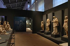 The exhibition in the Limonaia at Boboli Gardens