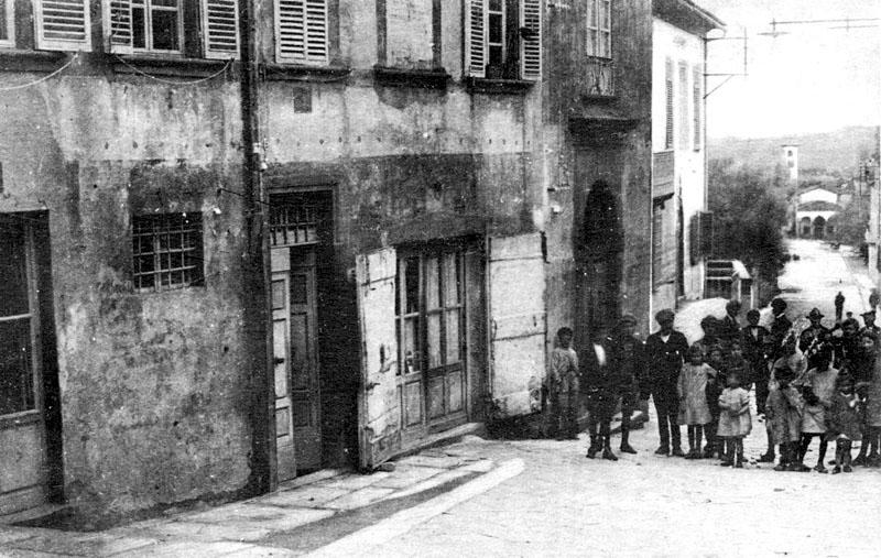 Immagine la casa dei da vinci nel borgo poi casa corsi i for Vinci una casa