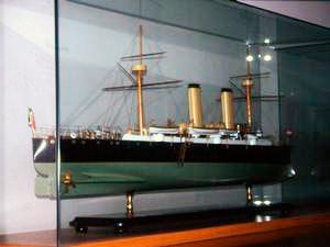 """Modellino relativo alle navi """"Etruria"""" e """"Umbria"""", Accademia Navale, Livorno."""