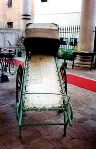 Cataletto per trasporto infermi, Arciconfraternita di Misericordia ed Istituzioni Riunite in Siena.
