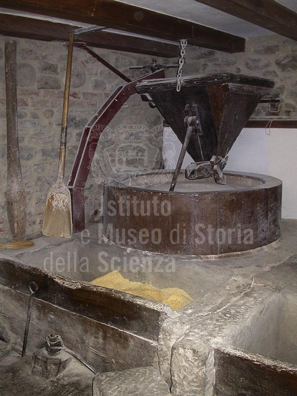 Tramoggia, Molino Grifoni, Castel San Niccolò.