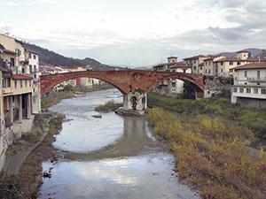 Ponte mediceo di Pontassieve.