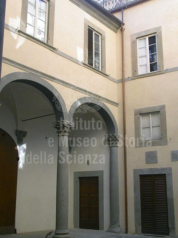 Immagine cortile di palazzo rucellai firenze - I giardini di palazzo rucellai ...