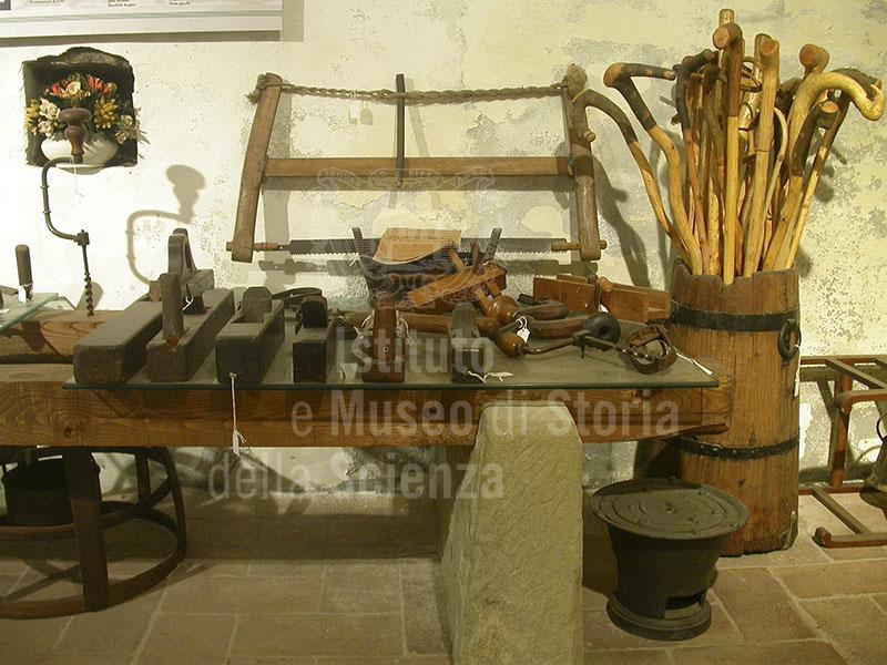 Strumenti per la lavorazione del legno, museo del bosco e dalla