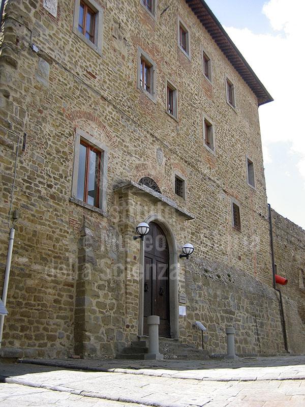 Esterno della Biblioteca Comunale di Castiglion Fiorentino.