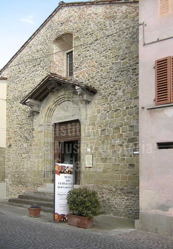 """Facciata del Museo """"Bernardini-Fatti"""" della Vetrata Antica, Sansepolcro."""