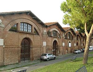 Esterno degli Arsenali Medicei, Pisa.