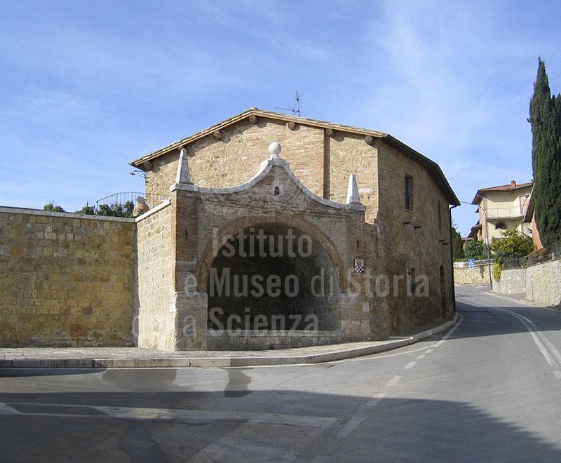 Esterno della Ex Manifattura Ceramica di San Quirico.