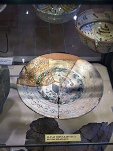 "Graffitied deep dish, Permanent Exhibition, ""Glass Production in Gambassi"", Gambassi Terme."
