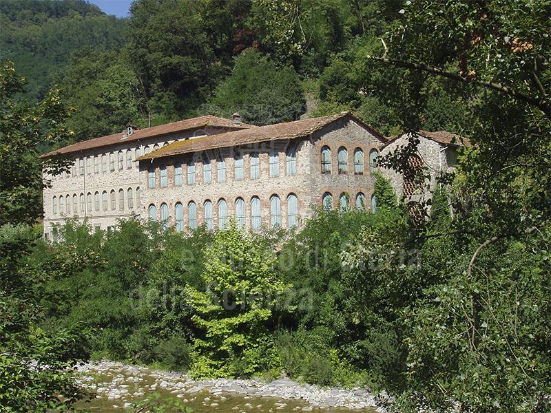 Ex Cartiera Bianchi, Bagni di Lucca.