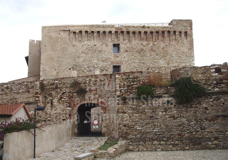 Fortezza Medicea, sede del Museo del Castello e della Città di Piombino.