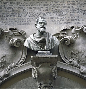Marble bust of Galileo Galilei over the main door of Palazzo dei Cartelloni, Florence.