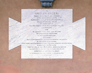 "Commemorative plaque beneath the bust of Galileo Galilei at Villa ""Ombrellino"", Florence."