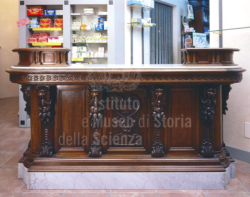 Banco di vendita della Farmacia Bartolini, Montevarchi.