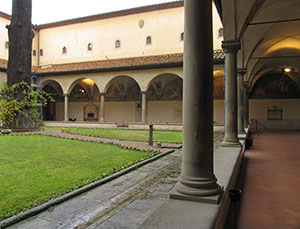 The cloister of S. Antonino in the Museo di San Marco, Florence.