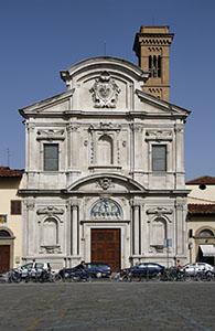 Facciata della Chiesa di Ognissanti, Firenze.