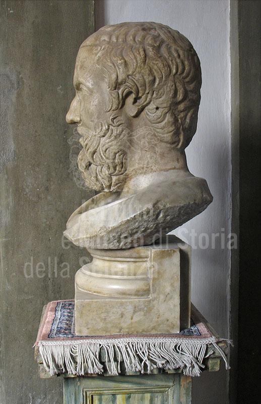 Ritratto di Erodoto, particolare del profilo. Busto con testa di età romana del II sec. d.C., copia di un originale greco, Chiesa di Santa Maria Maggiore, Firenze.