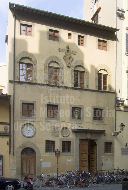 Facciata dell'Accademia delle Arti del Disegno, Firenze.
