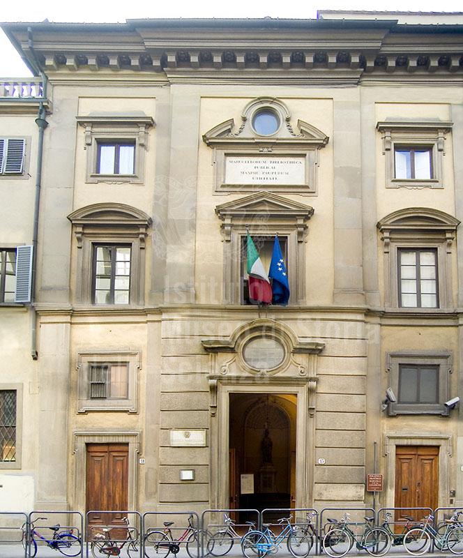 Facciata della Biblioteca Marucelliana, Firenze.