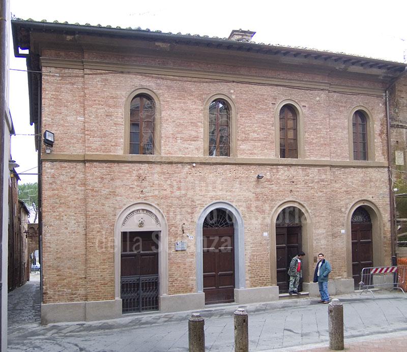 La sede della Confraternita di Misericordia di Buoconvento.